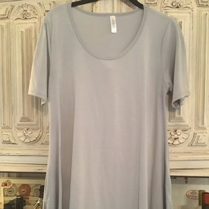 LuLaRoe Size S Perfect Tee